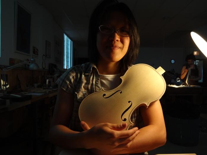 violin body timer selfie